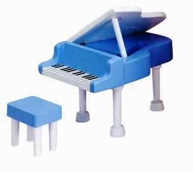 HT 811400 Piano & krukje